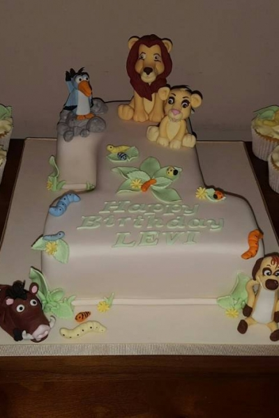 Creative birthday cakes maidstone Kent Delicious beautiful and