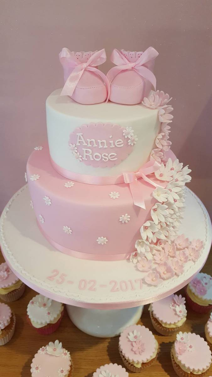 Creative celebration cakes for all occasions. Anniversary cakes ...